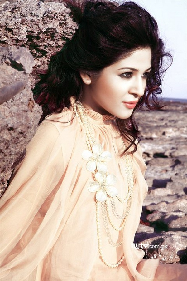 Ayesha Omer Biography Ayesha Omer is one of the famous