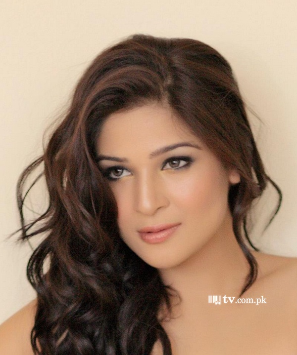 Ayesha Omar Picture 810