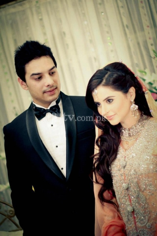 Fatima Effendi and Kanwar Arsalan Wedding Picture 7 89
