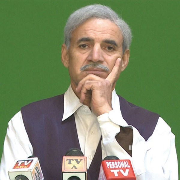 Character Picture: Shahbaz Sharif in Hum Sab Umeed Se Hain